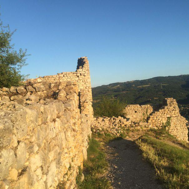 Que faire en Ardèche? les visites guidées du château de Crussol